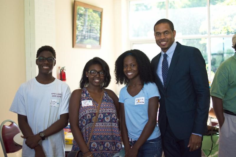 Students with Karlo Young, B.E.S.T. Board President Elect
